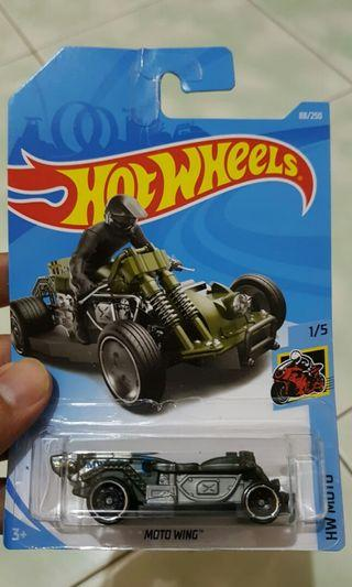Diecast hot wheels moto wing