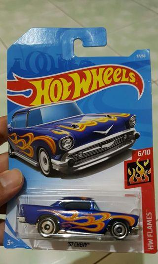 Diecast hot wheels 57 chevy