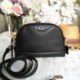 【Sale】 Coach crossbody Black