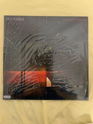 🚚 Deftones Koi No Yokan