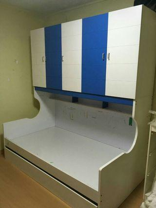 🚚 Children bed and cupboard