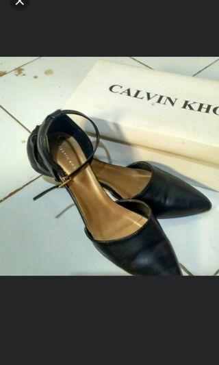 Heels CALVIN KHO