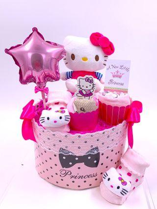 Ready stock! Hello Kitty Baby Diapers Cake