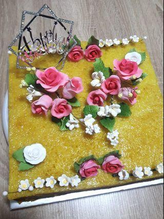 Square shape pulut kuning birthday