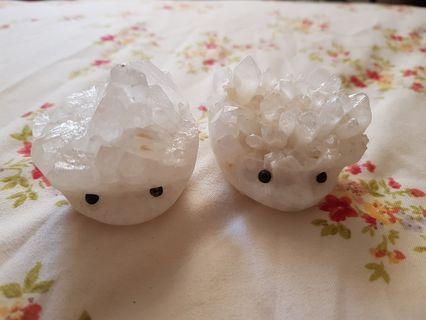 🚚 Hedgehog White Crystal Cluster
