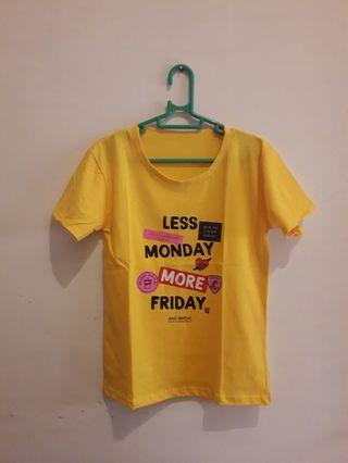 Kaos Kuning Monday Friday