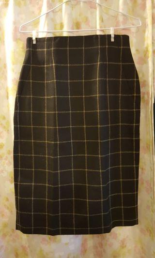🚚 黑格紋毛料長裙