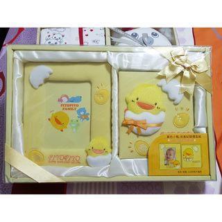 BNIB: Piyopiyo Photo Frame and Album Baby Gift Set