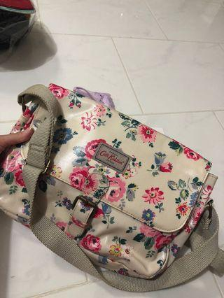 Cath kidston flora cross body bag