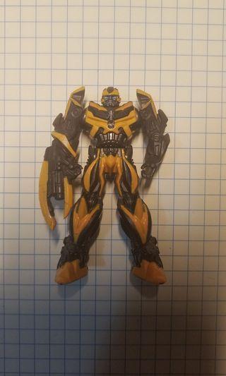 鐵製大黃蜂