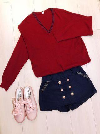 🚚 酒紅保暖毛衣+英倫風毛呢排釦短褲裙