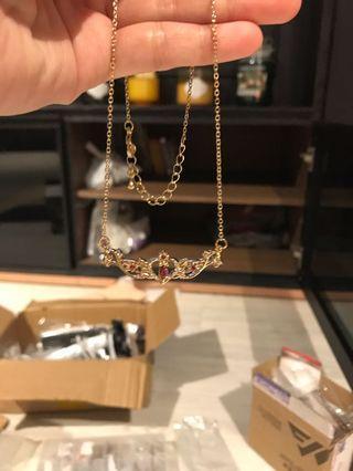 🚚 Spread the wings Sakura Necklace