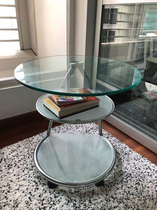 🚚 Round glass side table