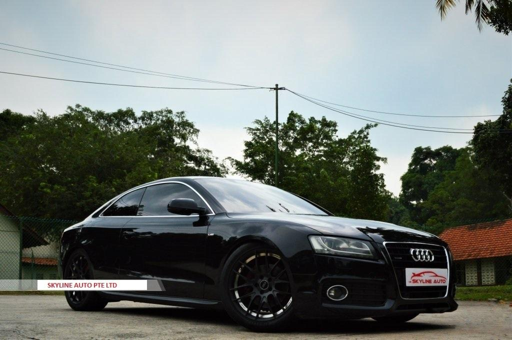 Audi A5 Coupe 3.2 FSI quattro tiptronic Auto