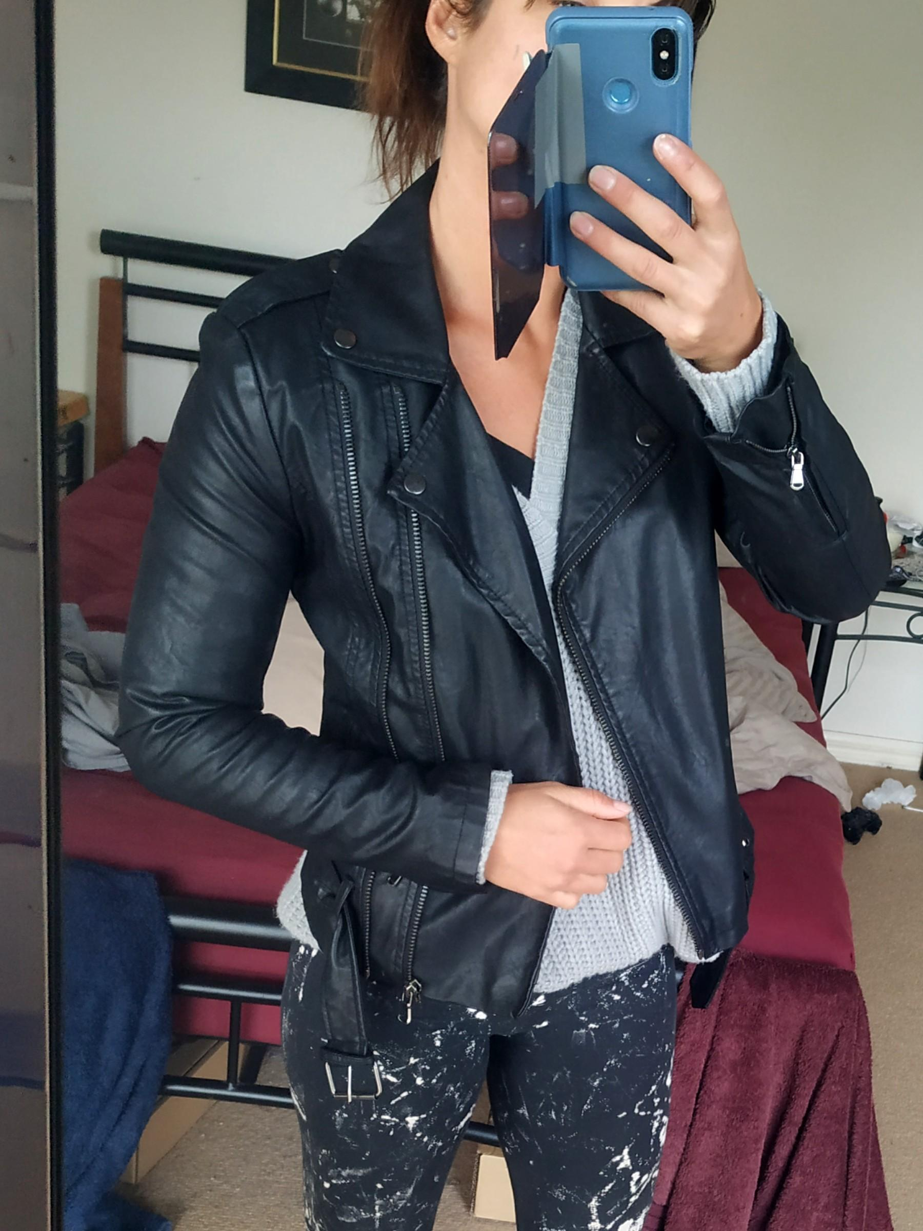 FOREVER21 black PU leather biker motobiker jacket sz S 6/8/10
