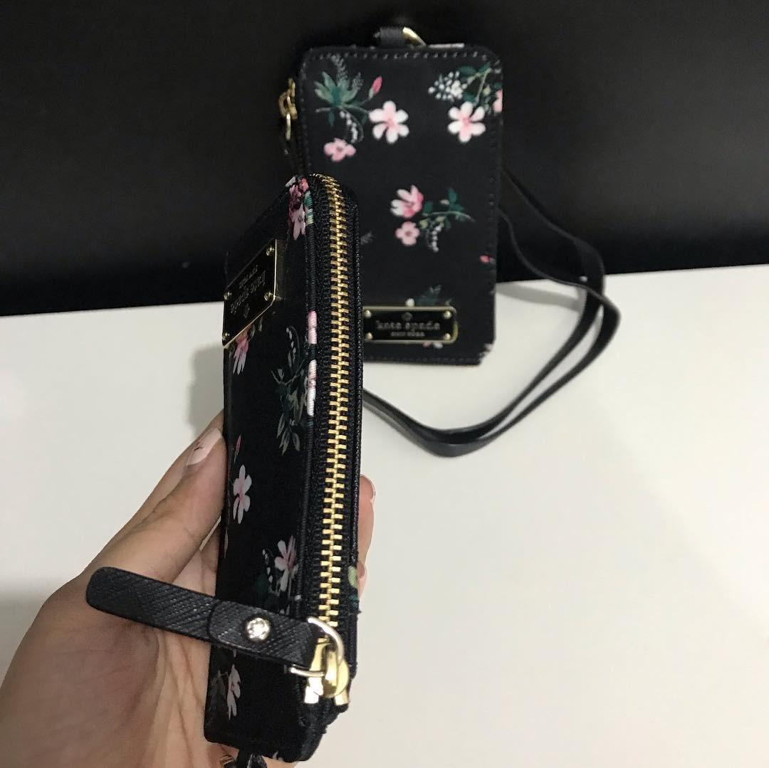Kate Spade Edria Wilson Road Floral sz 7x13 Black Multi (name tag and card holder)