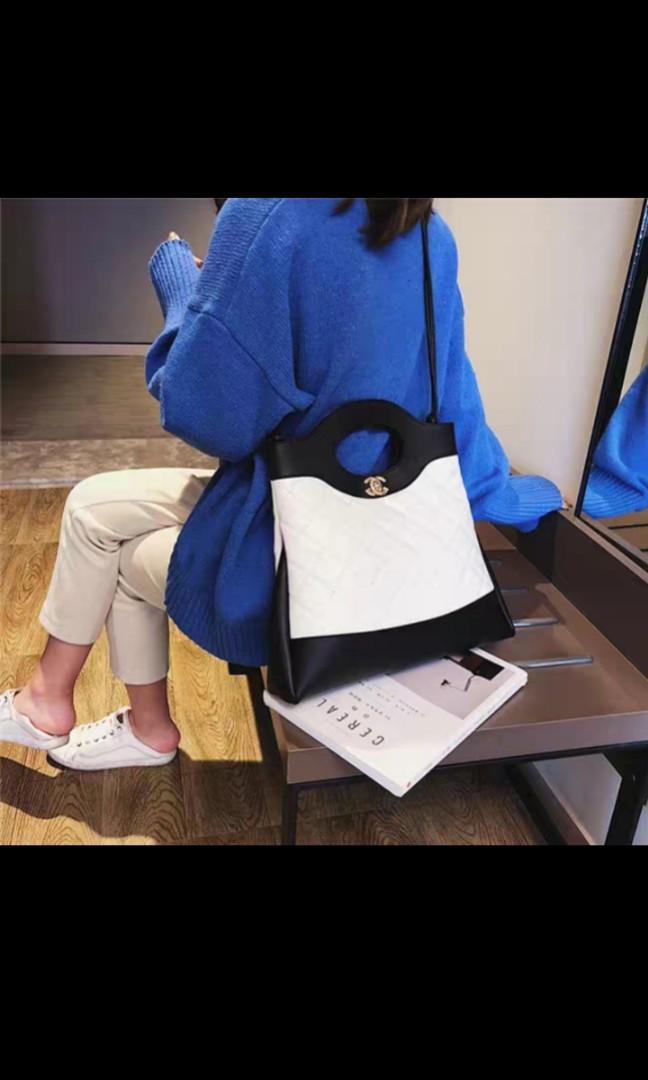 Ladies handbag pre order