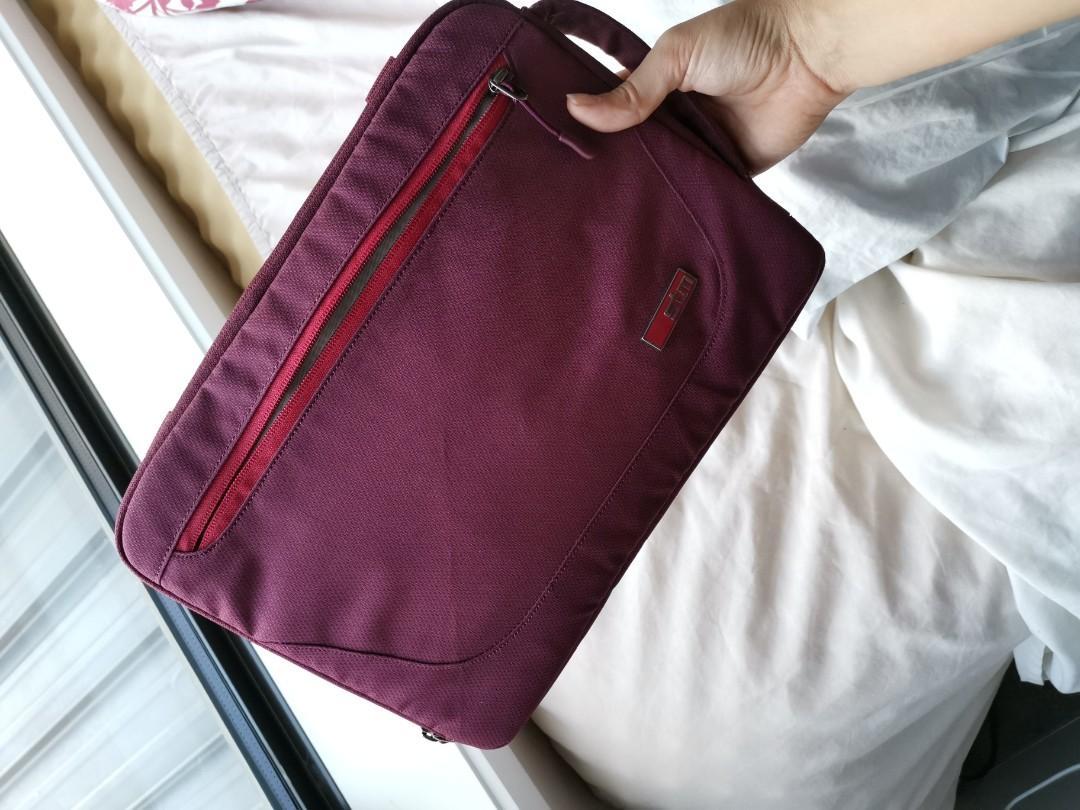 Laptop Case STM Burgundy 13 inch