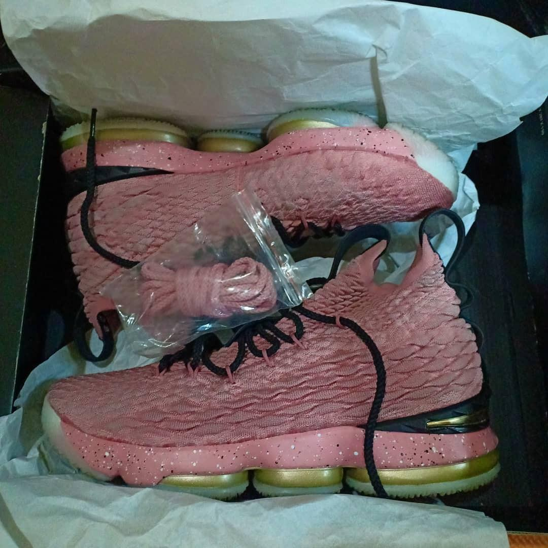 hot sale online d22d2 424e8 Lebron 15 hollywood on Carousell