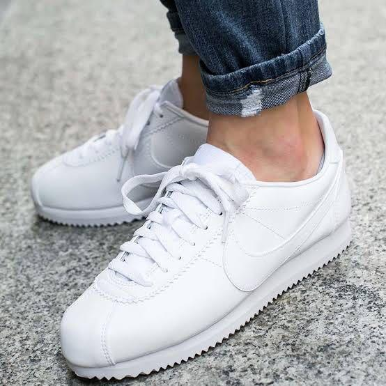 low cost 7501f 53842 Nike Cortez All White on Carousell