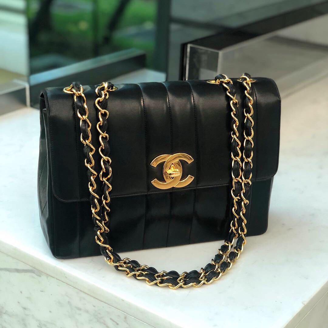 b39439e29791c3 ✖️SOLD!✖ Rare Beauty! Chanel Vintage Jumbo Flap in Black ...