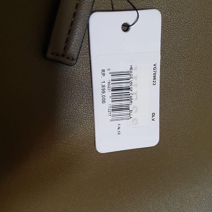 Tas Guess ELLA Bags plus pouch NEW tapi di jual rugi kurangi koleksi 😇🙏🏻