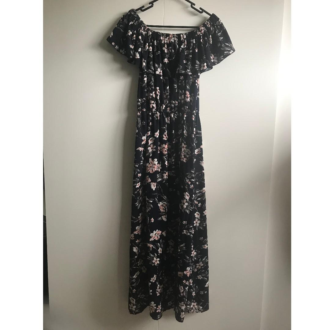 TEMT Valleygirl Off-Shoulder Floral Navy Summer Maxi Dress (Size 10)