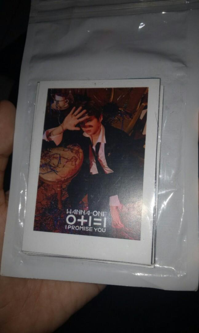Wanna One Polaroid
