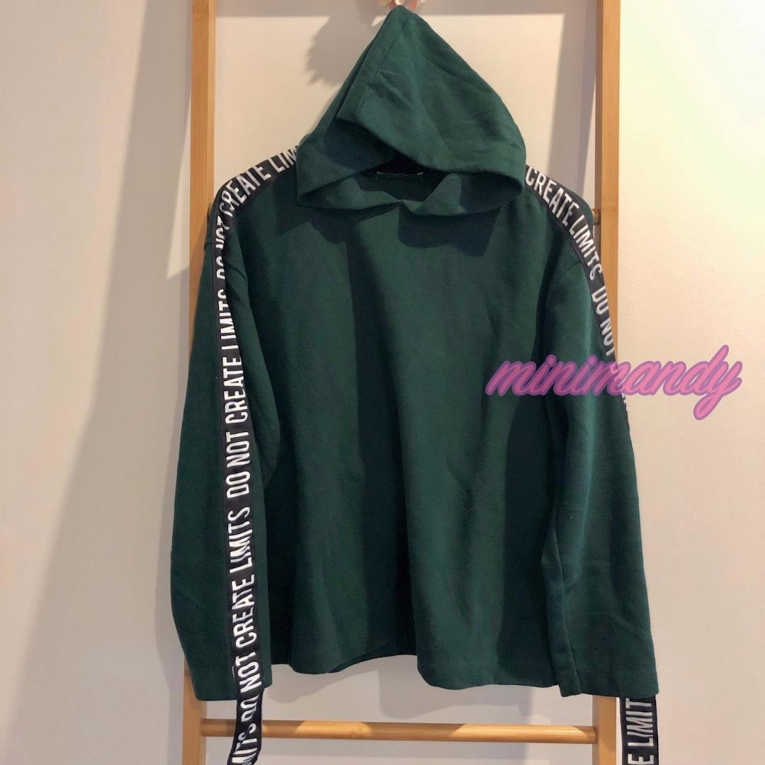 ZARA vintage green hooded tee hoodie sport top loose fit with black strap size S