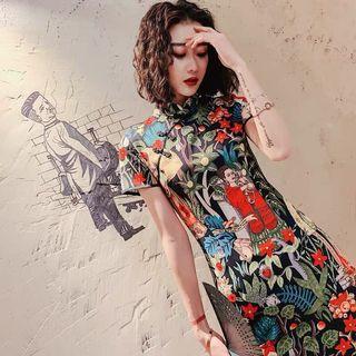 文藝復興の修身旗袍
