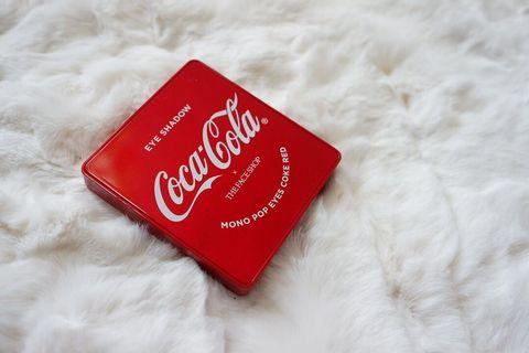 The Faceshop X Coca Cola Mono Pop Eyes Palette