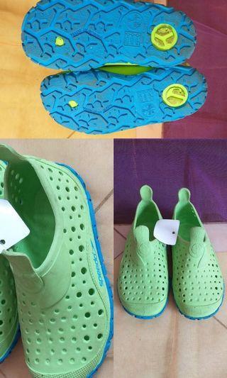 Sepatu anak spedo