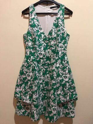 Floral Dress hijau putih TRAFALUC ZARA