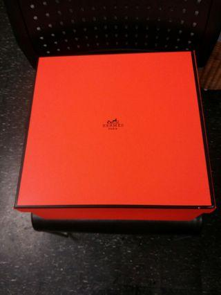 Hermes box ( Big Size) Shoes & Bag