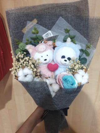 Webearbears Graduation Flower Bouquet #EndGameYourExcess