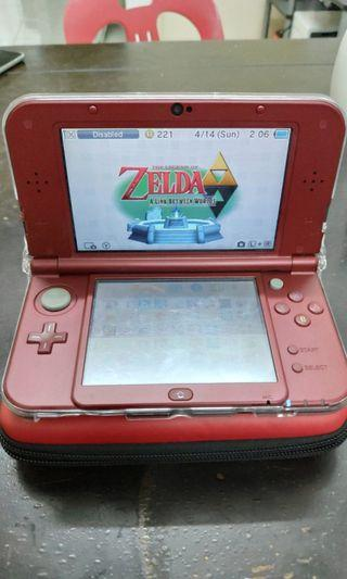 Modded New 3ds XL with 32GB Sd card