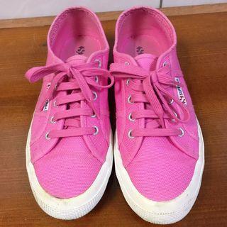 Superga桃紅色帆布鞋