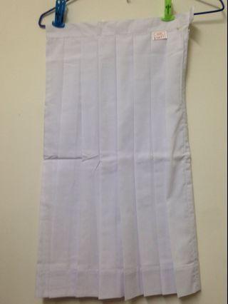 代友售 全新玫瑰崗中學白色校服裙