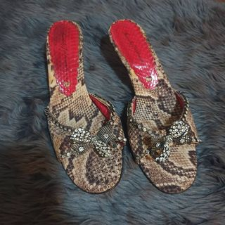2cf558da9977 wedge heels | Toys & Walkers | Carousell Philippines