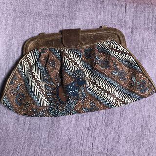 Clutch batik tulis vintage leather