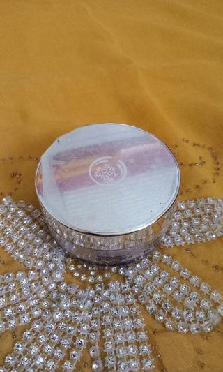 Body shop loose face powder Poudre libre no 02