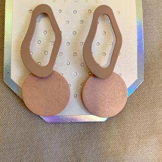 🚚 日系不規則耳環 耳針式耳環