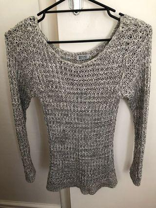 Beginning boutique knit top size 8-10