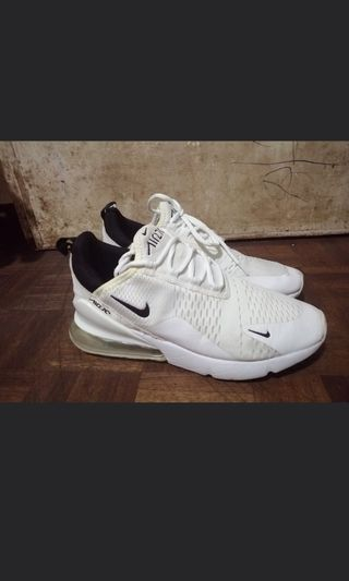 7f853d1d2f76ee Nike airmax 270 OEM 900 may bawas pa