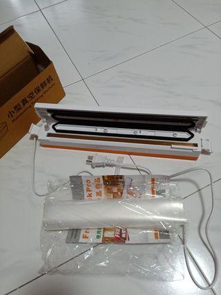 Sealer Vacuum Food Packing Machine with 3 adjustment temperature