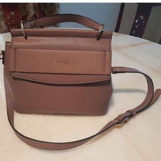 Feraud classic vintage satchel