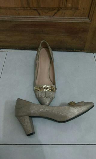 detail high heels