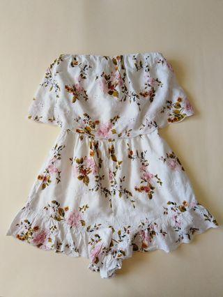 AMERICAN EAGLE OUTIFFERS Floral Romper