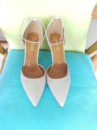 Heels Stiletto ( Apricot Color)