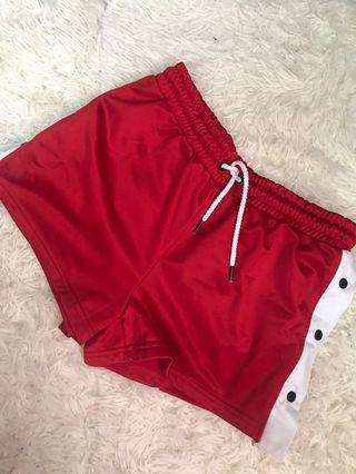 Factories Red Short s size